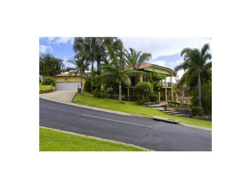 22 Summer Hill Drive, Mooroobool QLD 4870