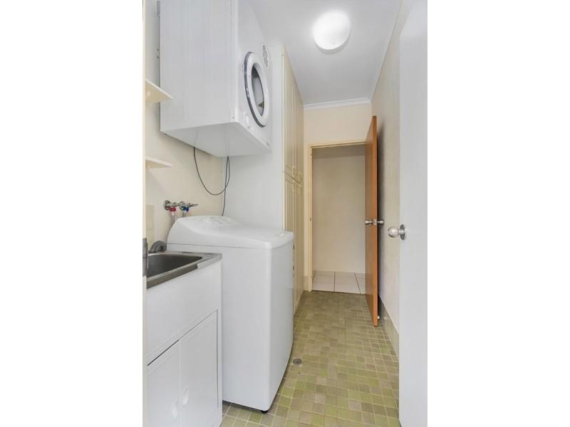 5 Beatrice Street, Mooroobool QLD 4870