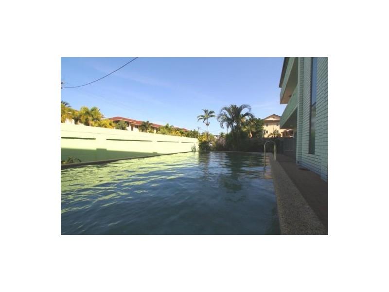 9/31 Digger St, Cairns North QLD 4870