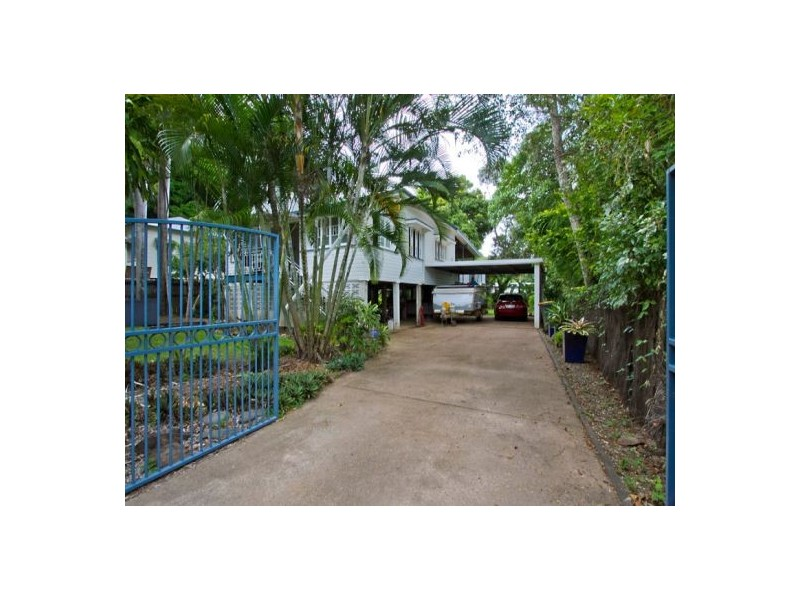 12 Whitfield Street, Aeroglen QLD 4870