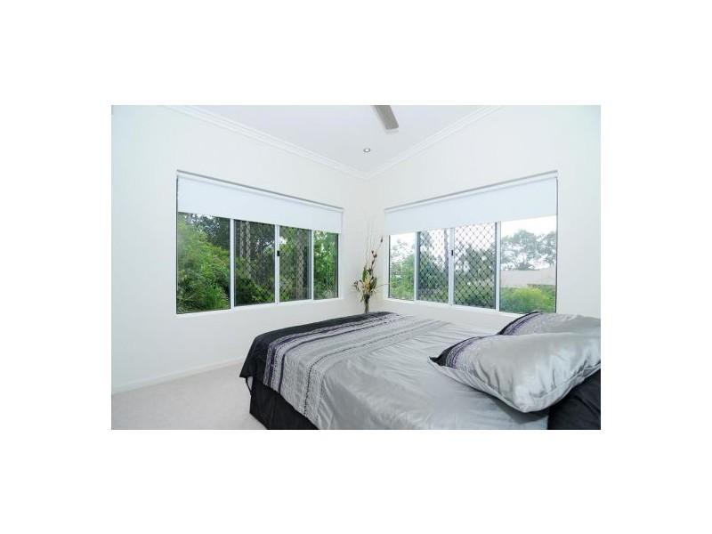 2 Carmelo Close, Whitfield QLD 4870
