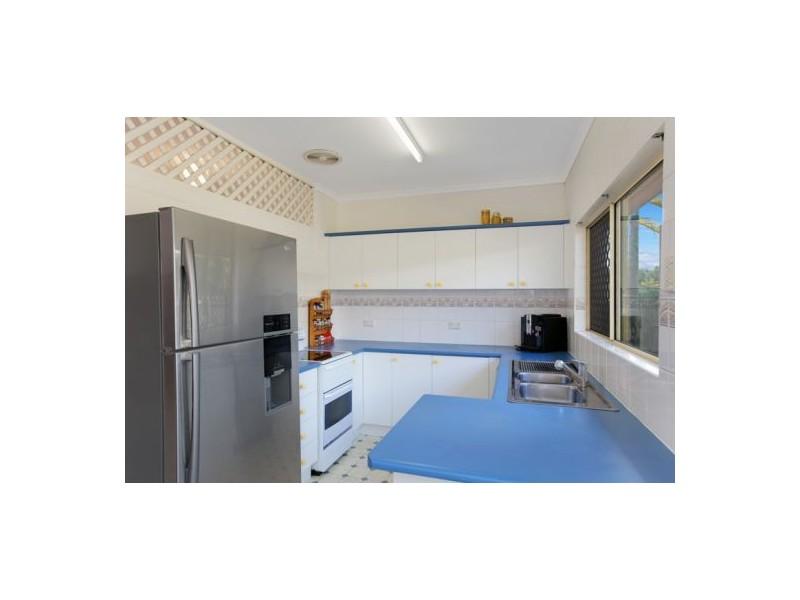 5 Wiskar Close, Bentley Park QLD 4869