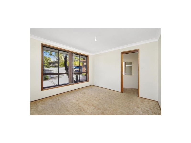 1/7 Anembo Avenue, Summerland Point NSW 2259