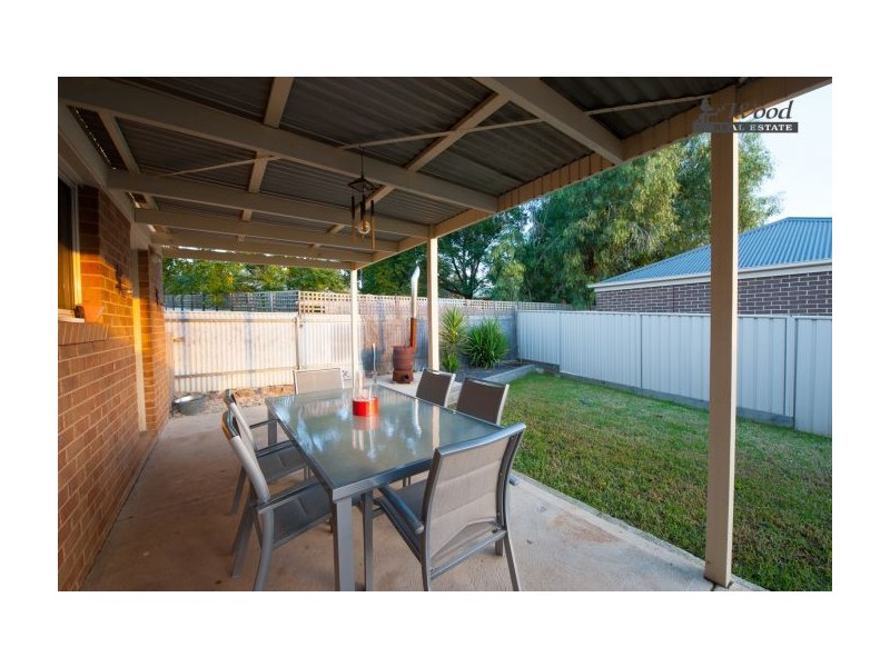 2/26 Tallowwood Street, Thurgoona NSW 2640