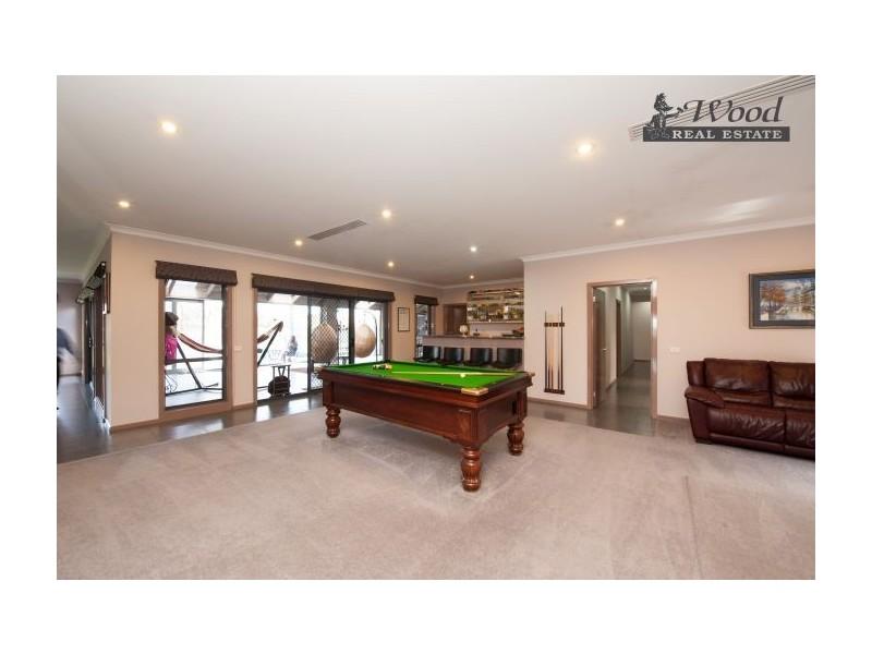 39 Hinchinbrook Crt, Thurgoona NSW 2640