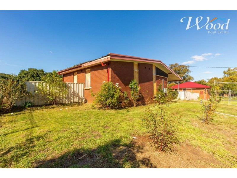 928 Captain Cook Dr, North Albury NSW 2640