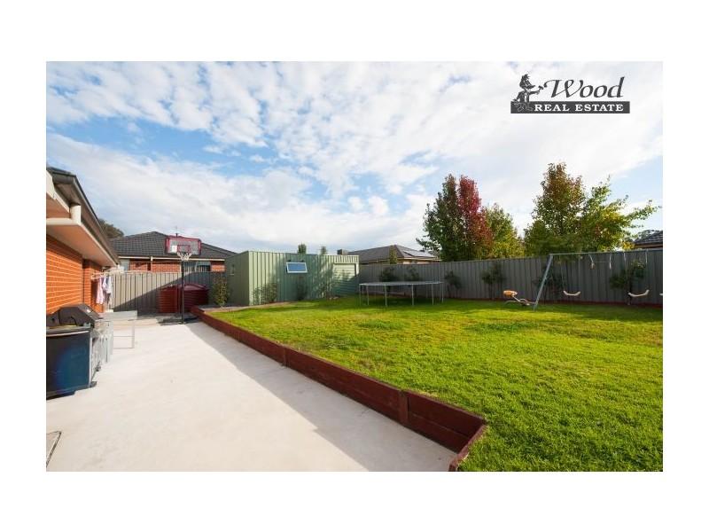 75 Egret Way, Thurgoona NSW 2640