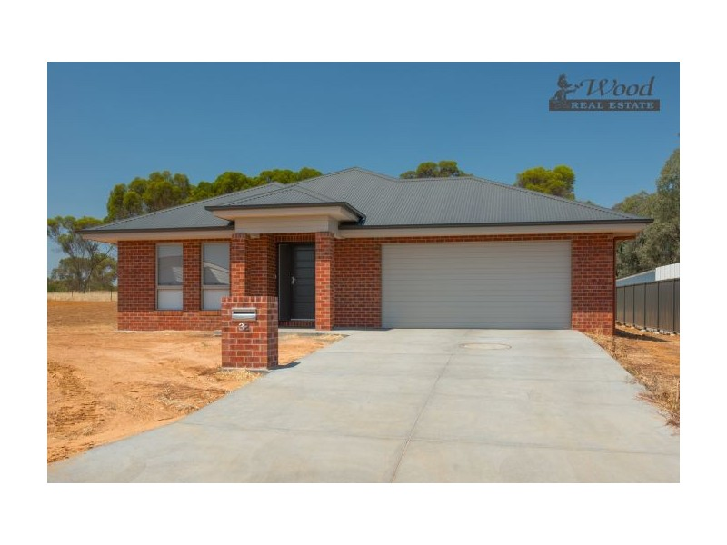 32 Shepherd Court, Thurgoona NSW 2640