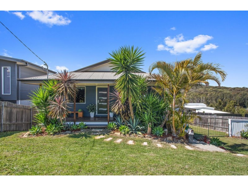 13 Hill Street, Scotts Head NSW 2447