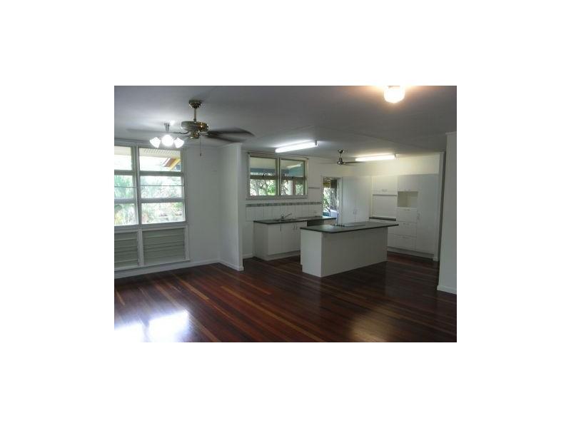 6 Kenealy Street, Aitkenvale QLD 4814