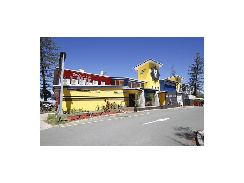 Apt 10 Shara, 128 Alexandra Pde, Alexandra Headland QLD 4572