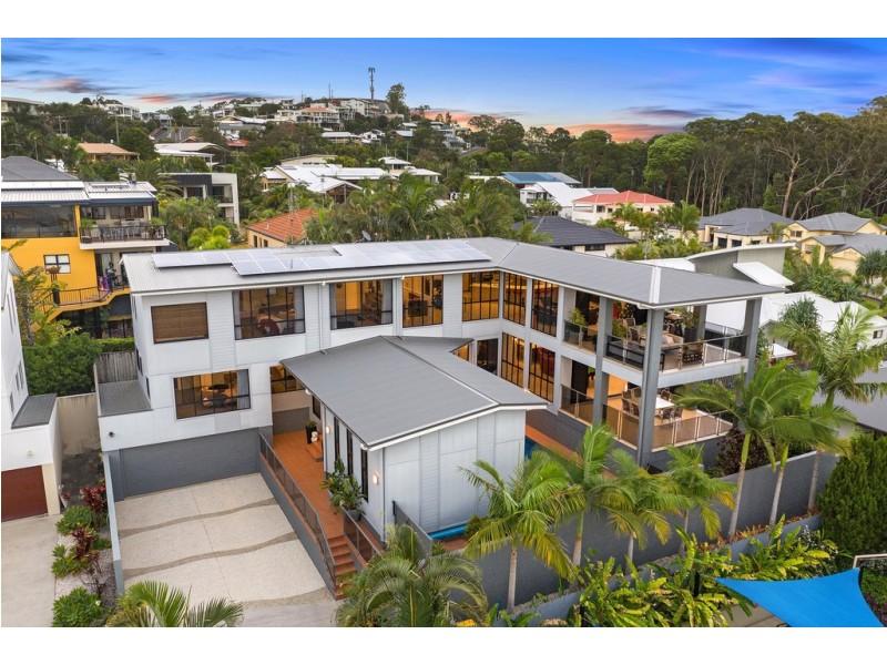 8 Crystal Waves Place, Alexandra Headland QLD 4572