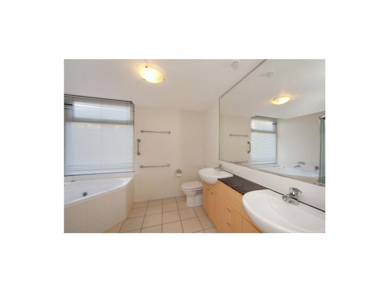 241  'Windsor Shores at Seaforth' 9 Wirraway Street, Alexandra Headland QLD 4572