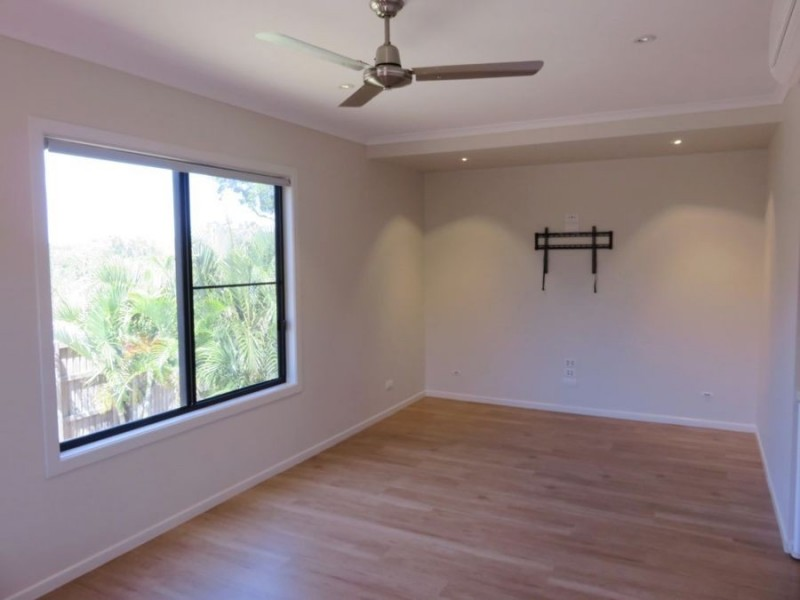 9 SPINNAKER COURT, Cannonvale QLD 4802