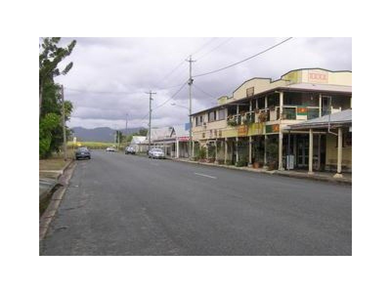16  MCINTYRE STREET, Calen QLD 4798