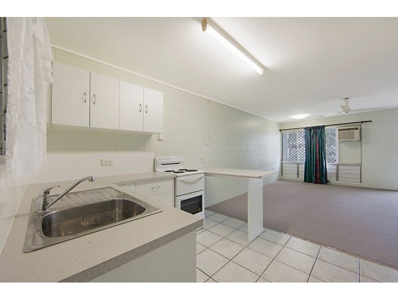 12 Adams Street, Heatley QLD 4814