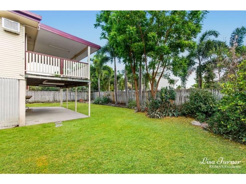 13 Hutchins Street, Heatley QLD 4814