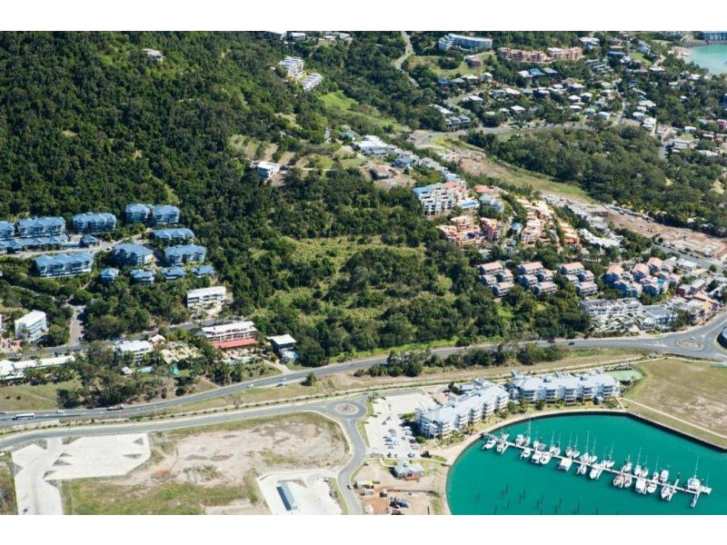 422 Shute Harbour Road, Airlie Beach QLD 4802