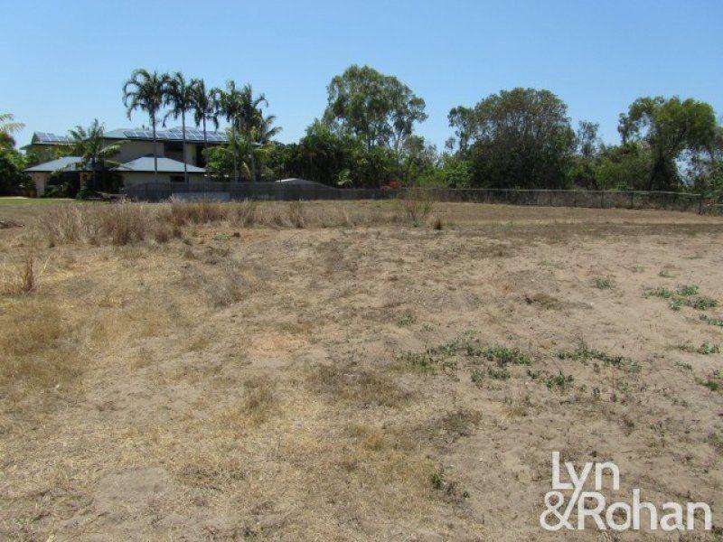 4 Margarita Court, Bushland Beach QLD 4818
