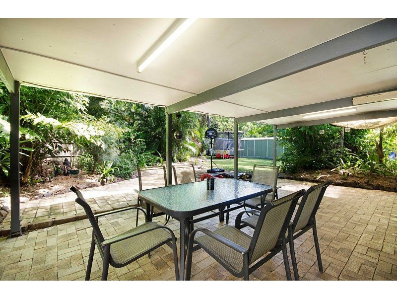 6 Kurrajong Court, Bushland Beach QLD 4818