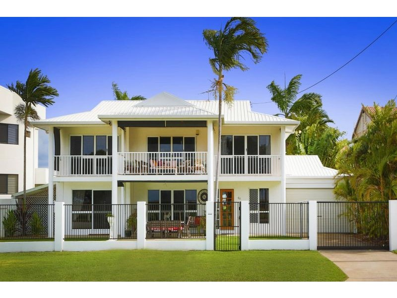50 Palm Street, Rowes Bay QLD 4810