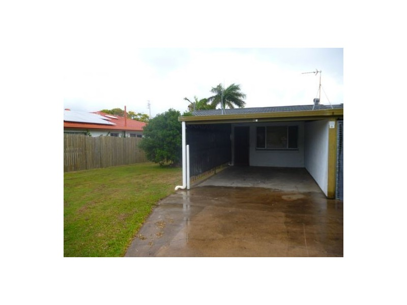 6a Saunders Street, Point Vernon QLD 4655