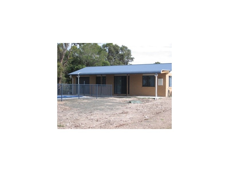 23 Beacon Road, Booral QLD 4655