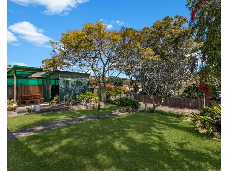 98 Northcott Drive, Adamstown Heights NSW 2289