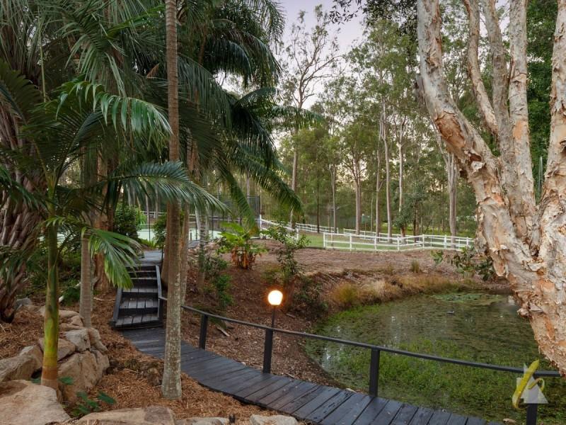 203 Sugars Road, Anstead QLD 4070