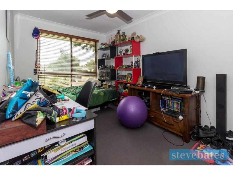 18 Furracabad Close, Raymond Terrace NSW 2324
