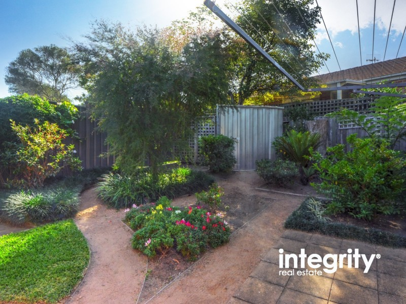 4/49 Brinawarr Street, Bomaderry NSW 2541