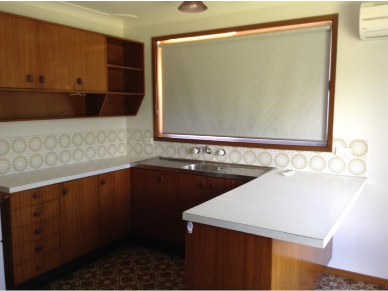 19 Fuchsia Crescent, Bomaderry NSW 2541