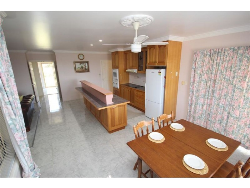 132 Pelham Street, Tenterfield NSW 2372