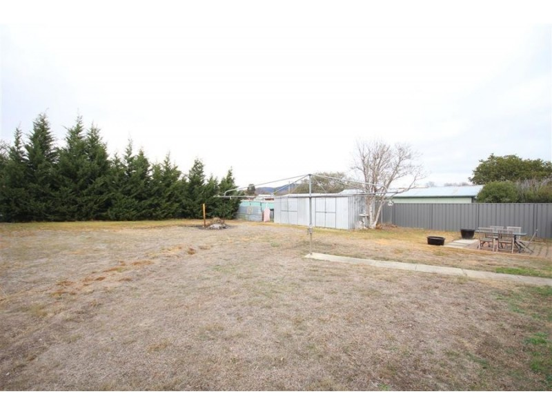 183 High Street, Tenterfield NSW 2372