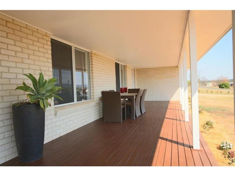 155 Naas Street, Tenterfield NSW 2372