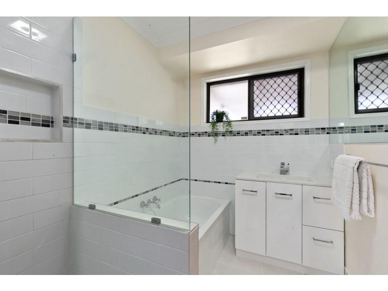 3 Candover Court, Alexandra Hills QLD 4161