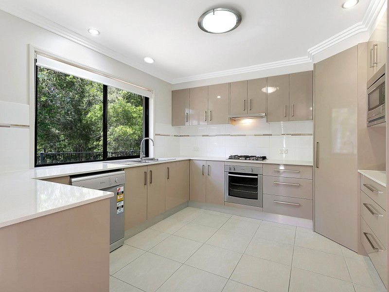 12 Bream Place, Redland Bay QLD 4165