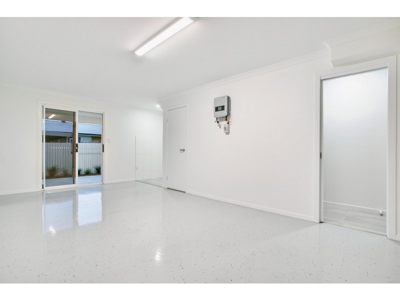 2/2 Michelle Court, Cleveland QLD 4163