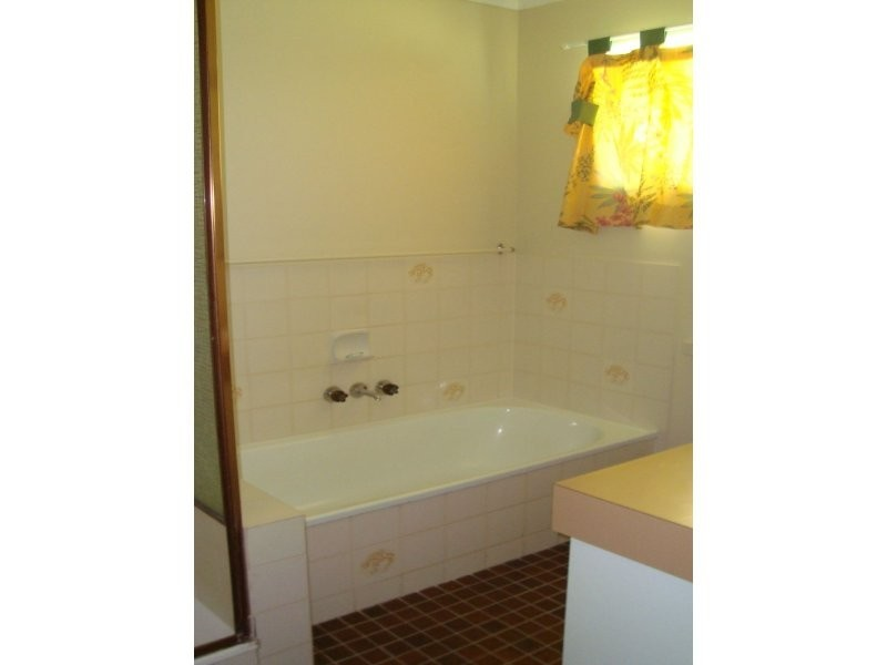 10 Lorton Court, Alexandra Hills QLD 4161