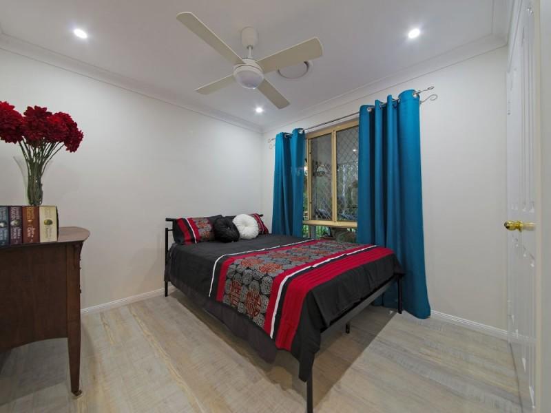 76 Castlerea Street, Tingalpa QLD 4173