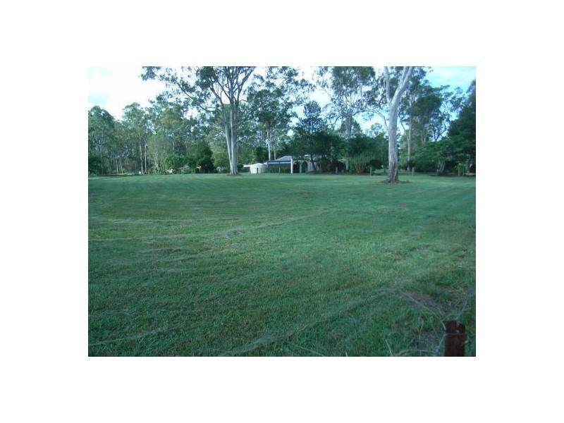 73 Pauls Rd, Upper Caboolture QLD 4510