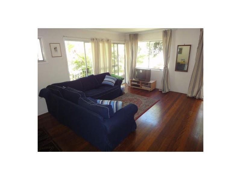 33 Wahcumba St, Dutton Park QLD 4102
