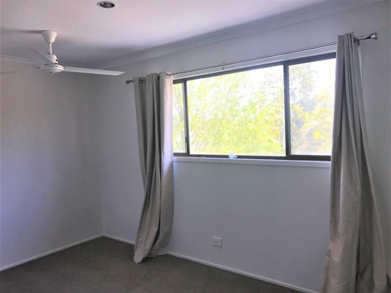 19 Barcoorah Street, Westlake QLD 4074