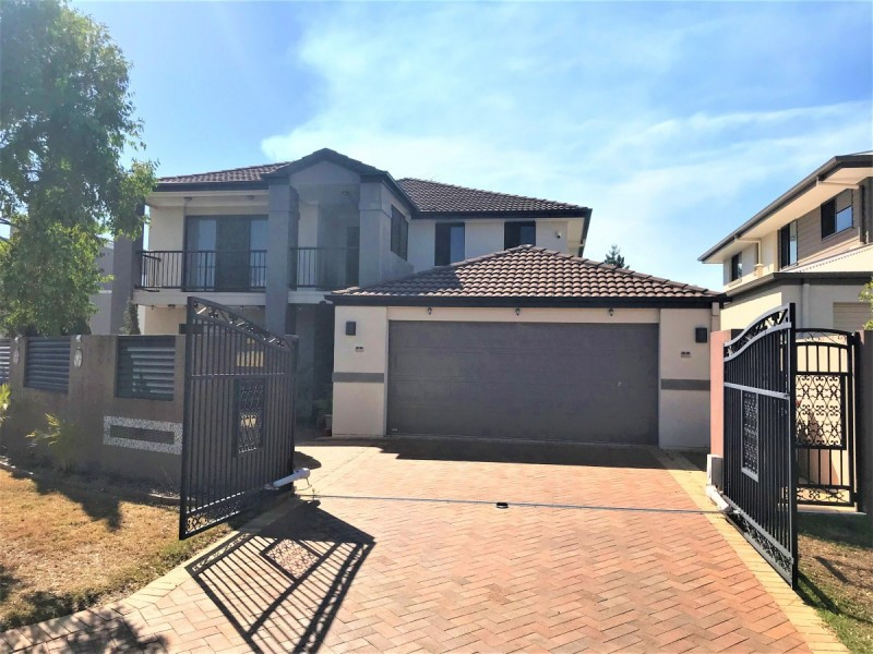 5 Coopers Close, Sinnamon Park QLD 4073