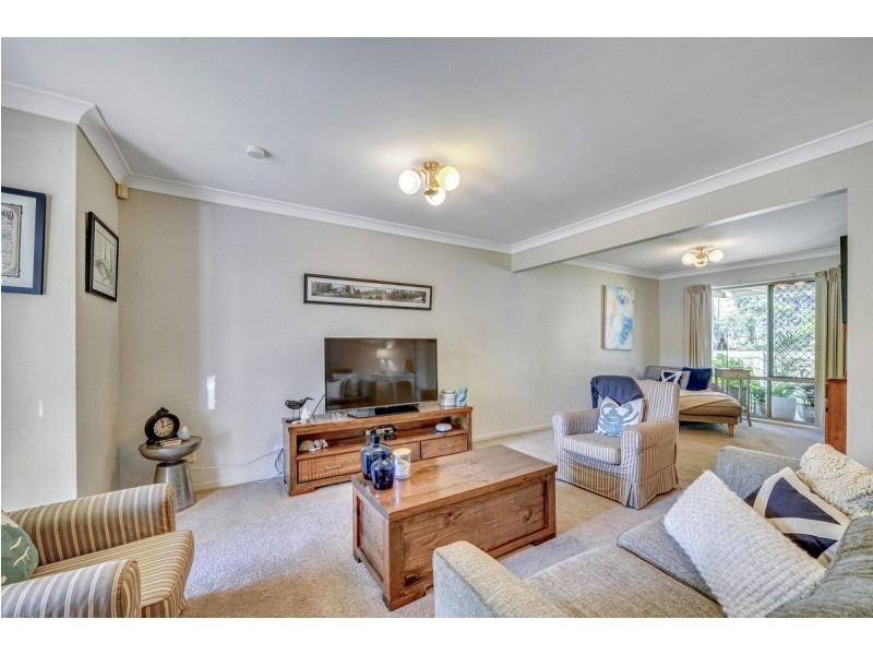 7/15 Abel Smith Crescent, Mount Ommaney QLD 4074