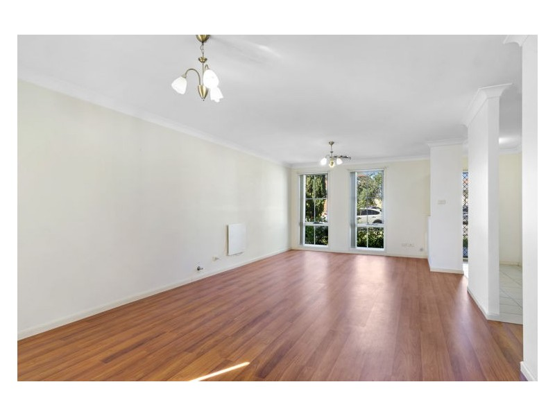 11 Leafy Grove, Plumpton NSW 2761