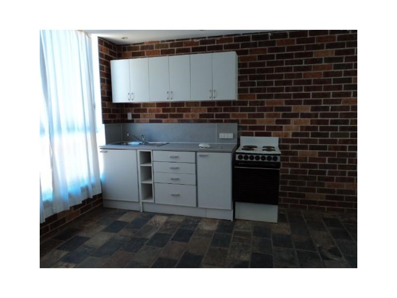 17 Crispsparkle Drive, Ambarvale NSW 2560