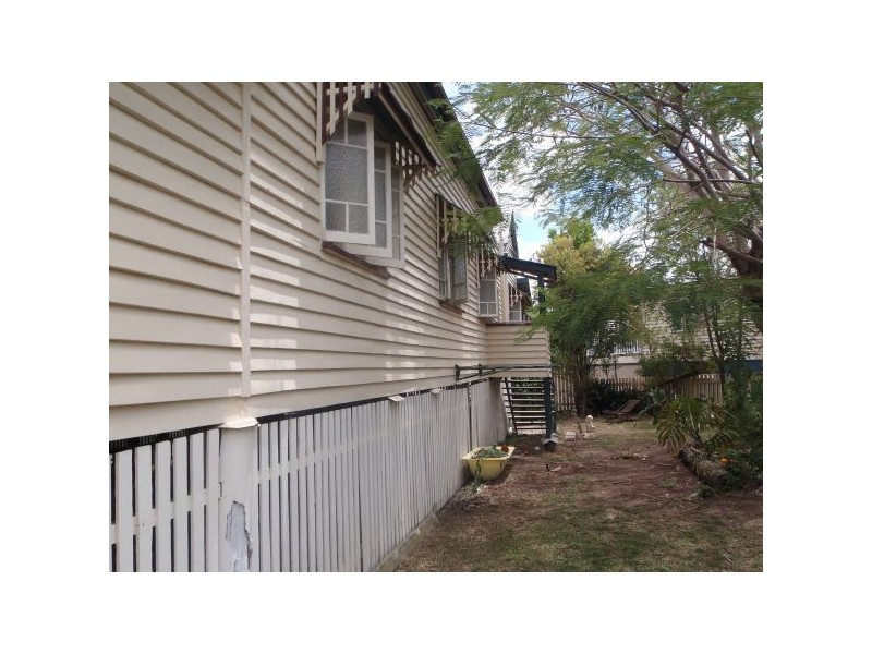 4 Leavinia St, Gympie QLD 4570