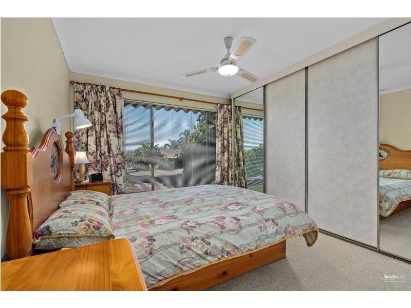 28 Marsden Place, Huntfield Heights SA 5163