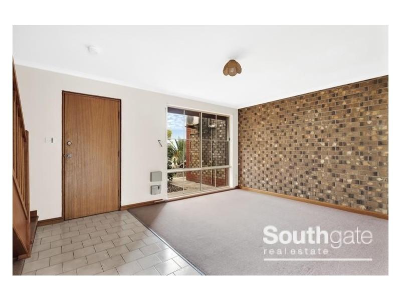 2/1 Second Avenue, Moana SA 5169